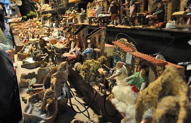 Napoli: viaggio tra i presepi