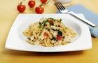 Mini Fusilli con pollo, spinaci e pomodorini