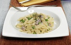 Mini Penne Rigate con crema di Parmigiano Reggiano e prosciutto