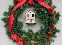 3 idee per decorare la porta di casa