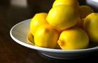 Spremuta di limone per un pieno di vitamina C